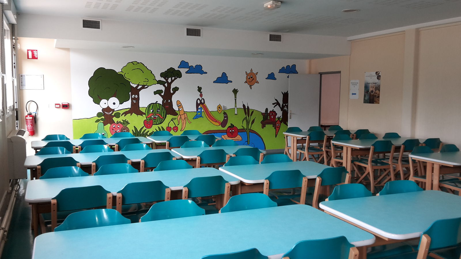 Le restaurant scolaire for Idee amenagement entree strasbourg